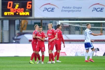 Piłkarze Wisły Kraków po meczu w Mielcu