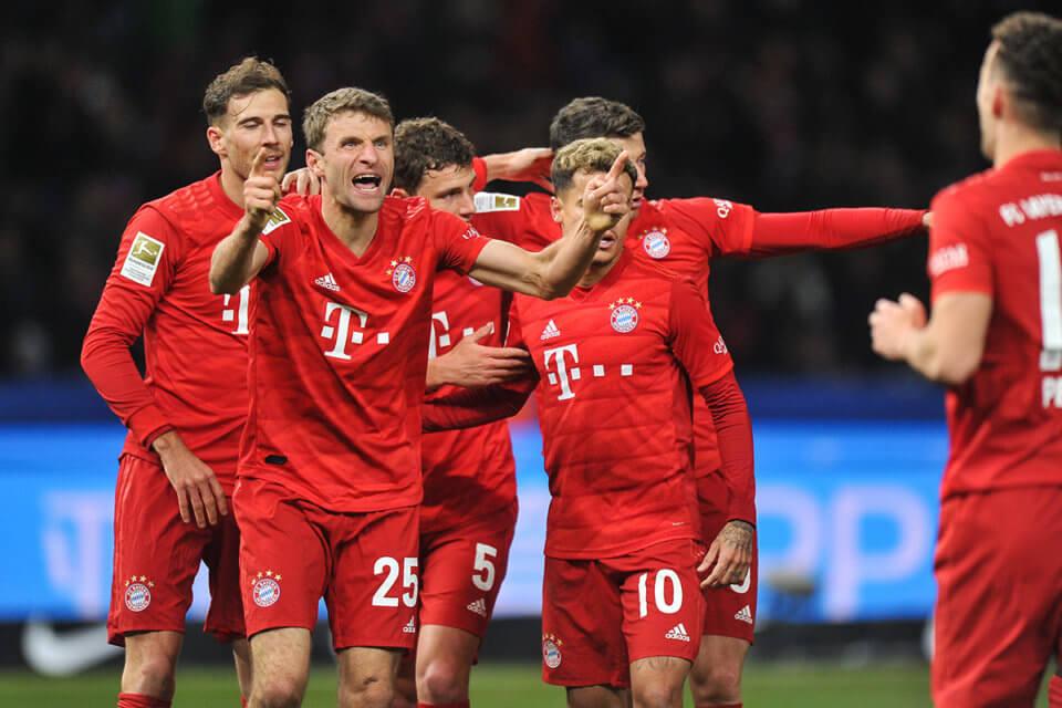 Thomas Mueller i koledzy z zespołu Bayernu