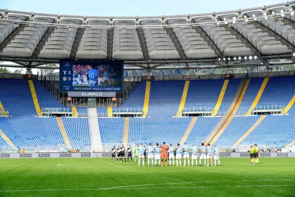 Stadio Olimpico żegnające Diego Maradonę