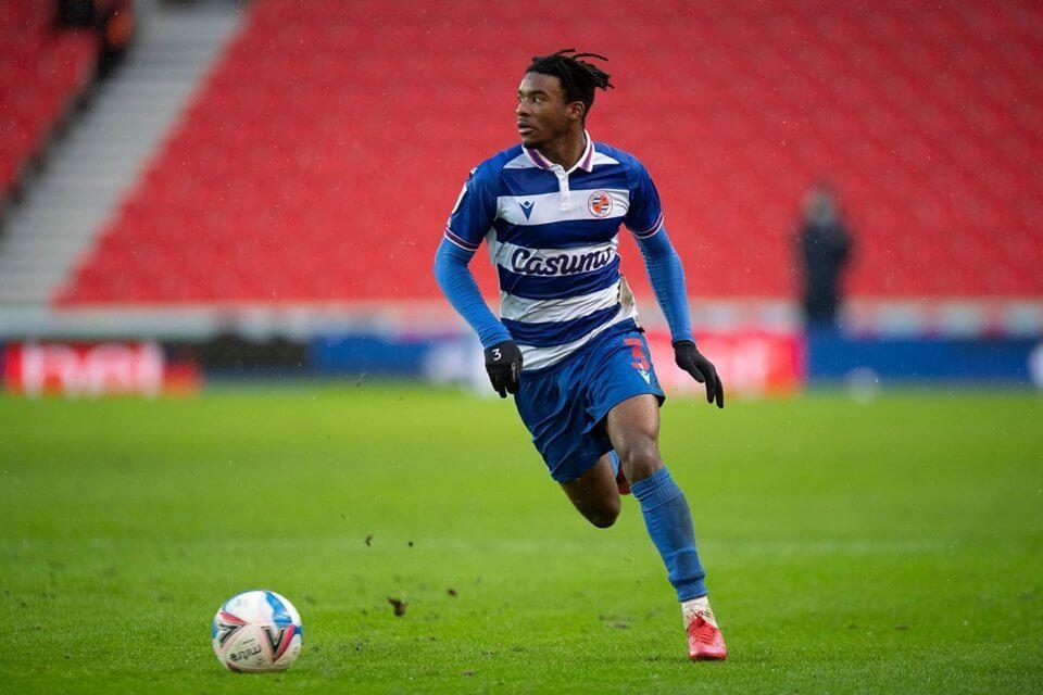 Omar Richards w barwach Reading
