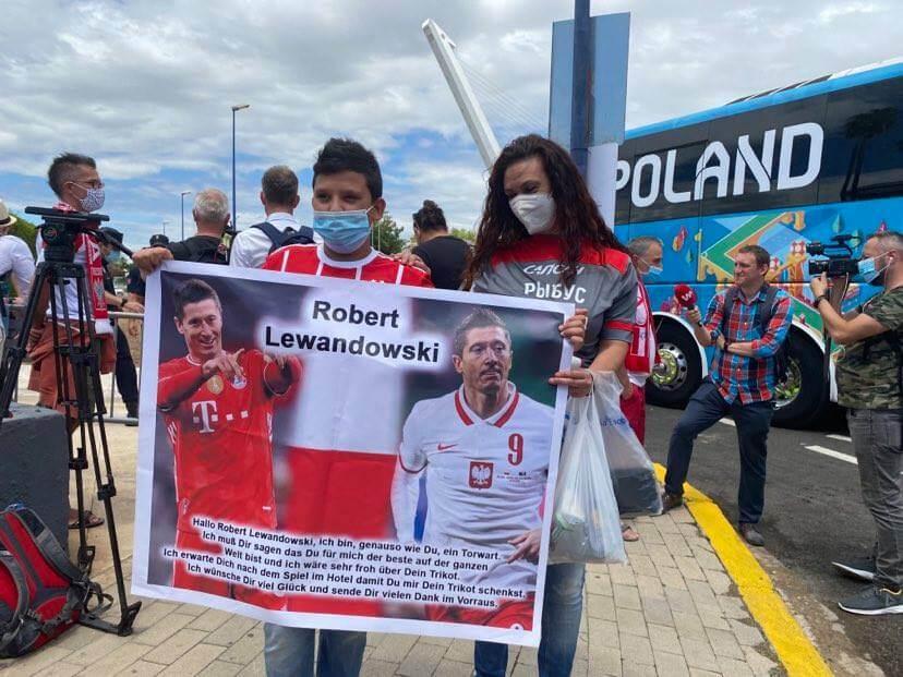 Hiszpański fan RL9 i jego mama - fanka... Rybusa