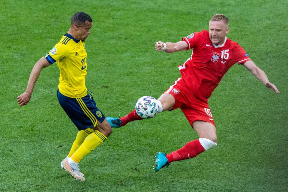 Kamil Glik w meczu ze Szwecją