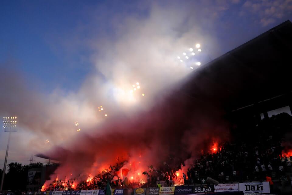 Kibice w meczu Radomiak - Legia