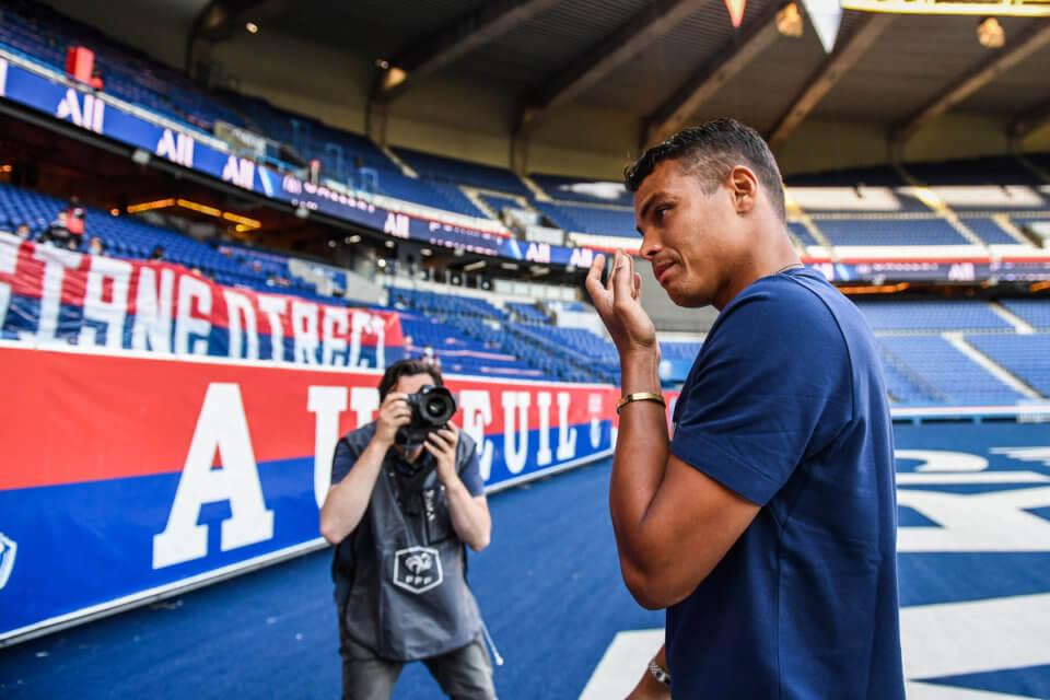 Thiago Silva w trakcie pożegnania z PSG