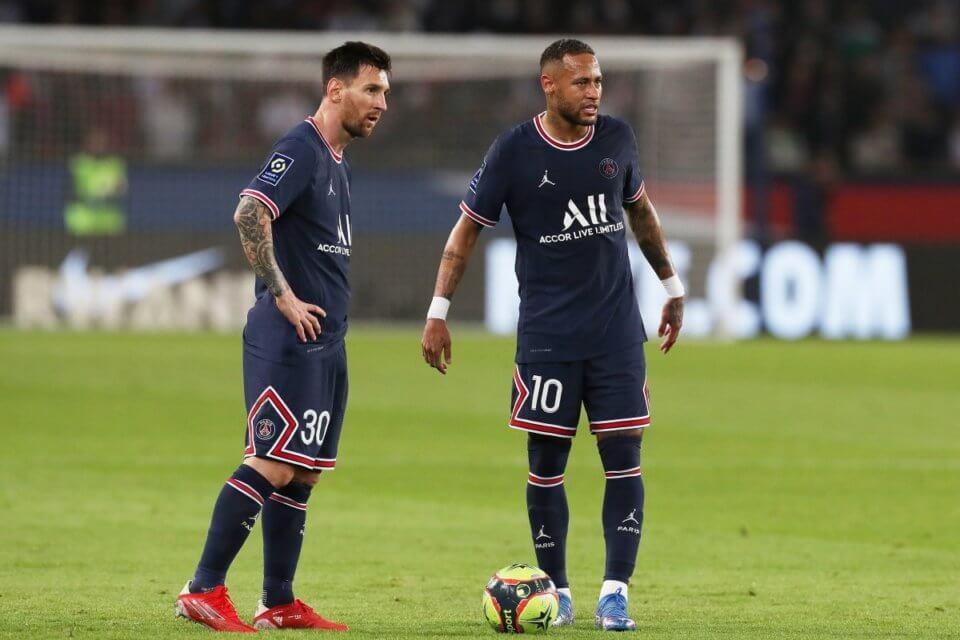 Lionel Messi (L) i Neymar
